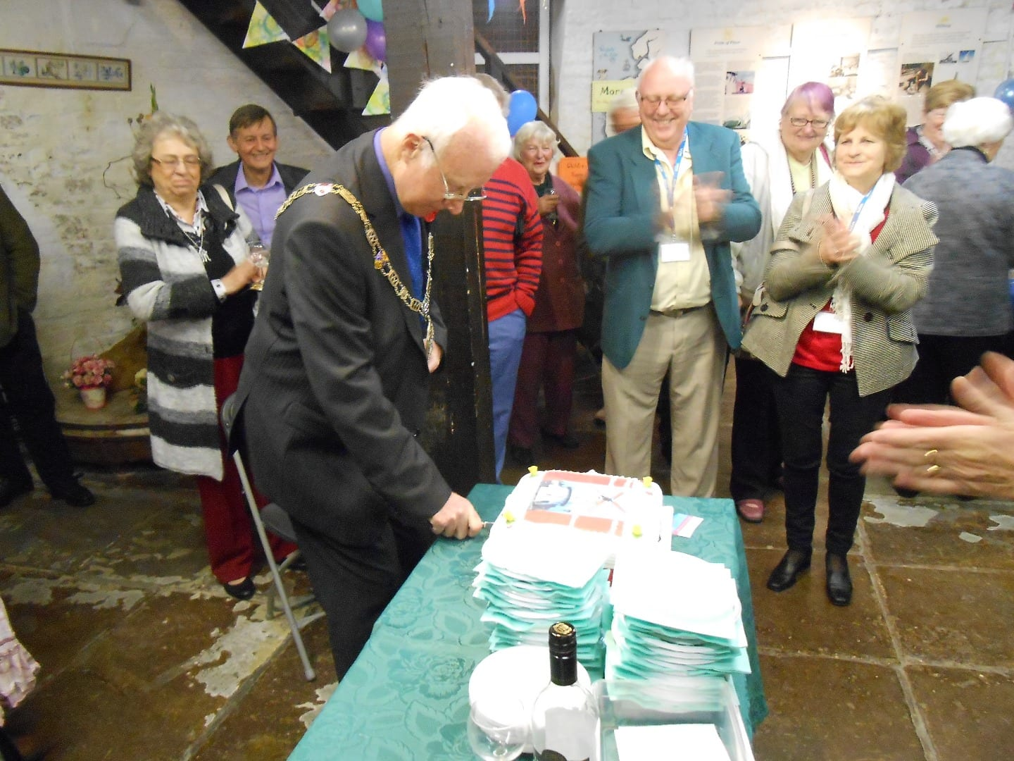 Mayor of Wyre cuts the 221st birthday cake