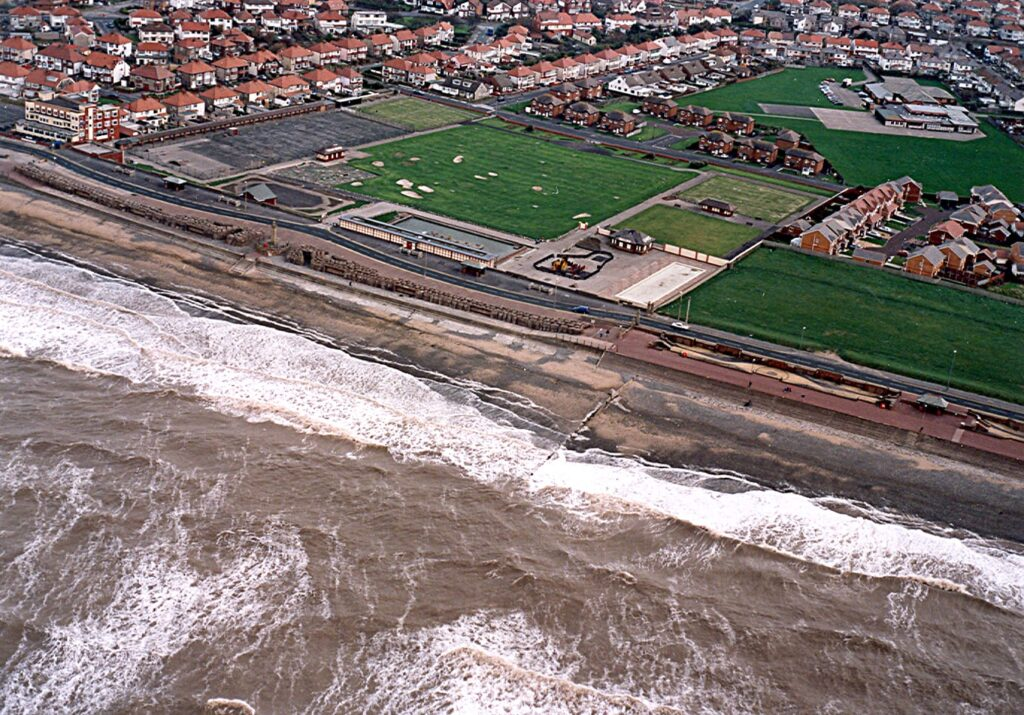 Jubilee Gardens and the seafront, before the sea wall was rebuilt