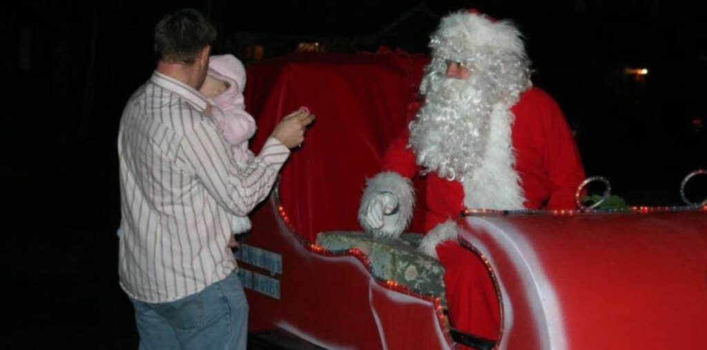 Meet Santa in Cleveleys with the Sleigh Tour